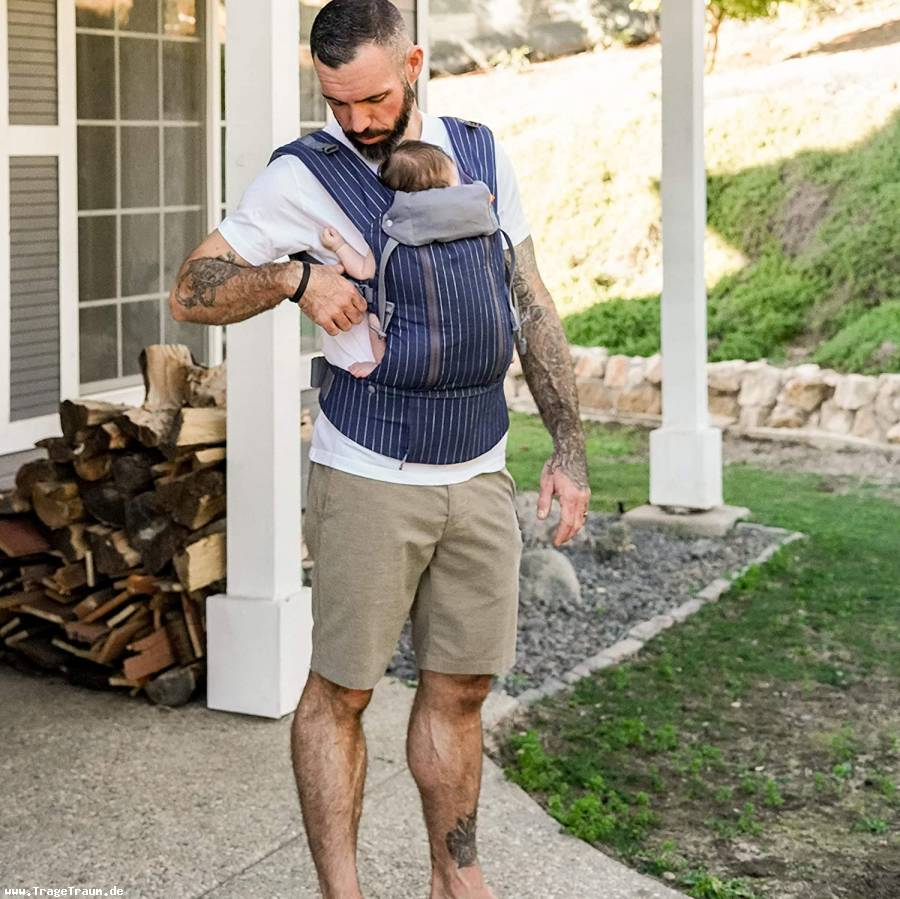 Beco 8 Baby Carrier Navy Pinestripes