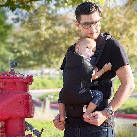 Soleil Baby Carrier (ab Geburt mit Zubehör Säuglingseinsatz, ab ca. 6 Monate -ohne-) *Black*