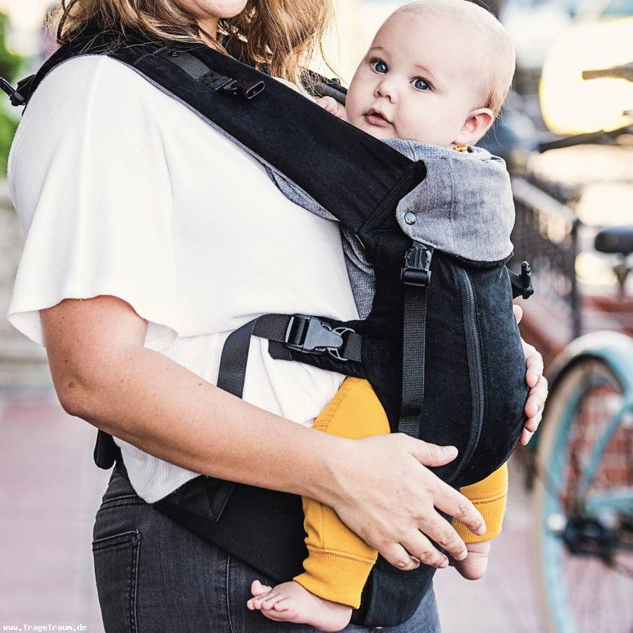 Beco 8 Baby Carrier Black