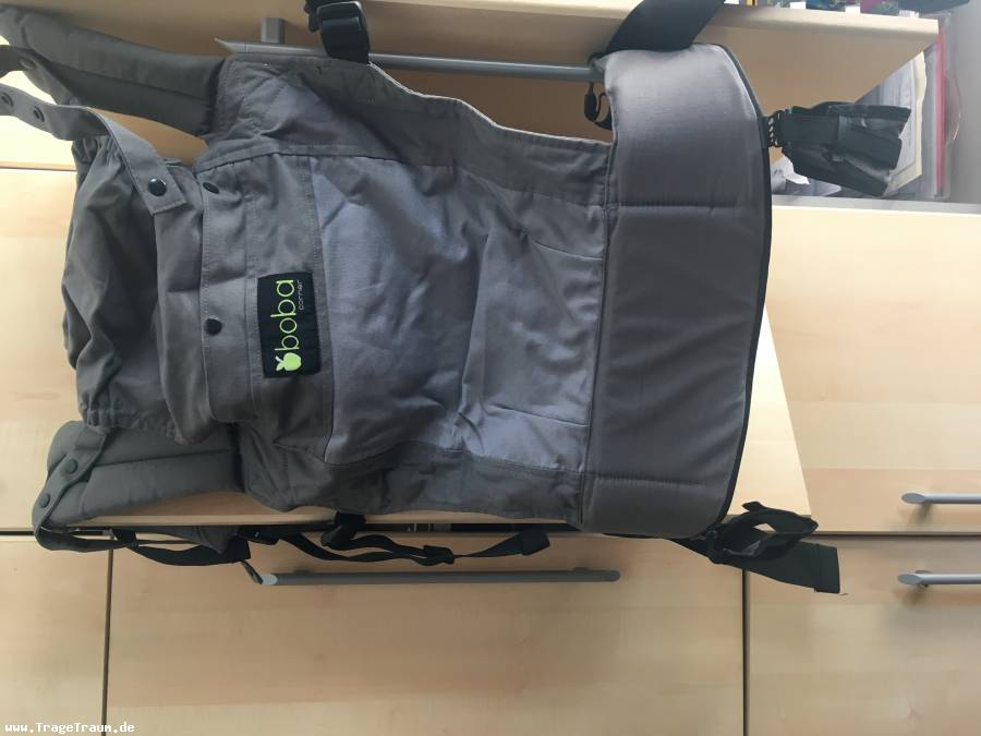Boba Baby Carrier mit Footstraps